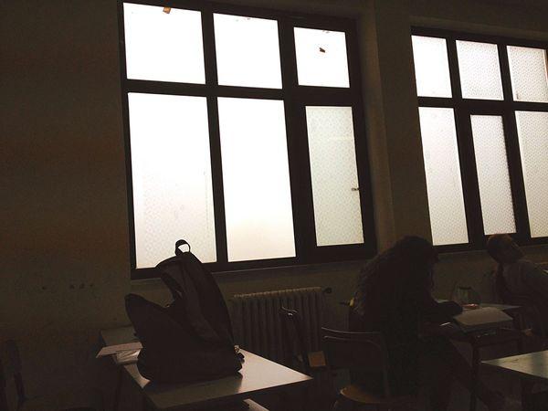 Quando si dice non vedere a un palmo dal naso 😮 Taking Photos Nebbia Foggy Hello World School Scuola Enjoying Life White Bianco