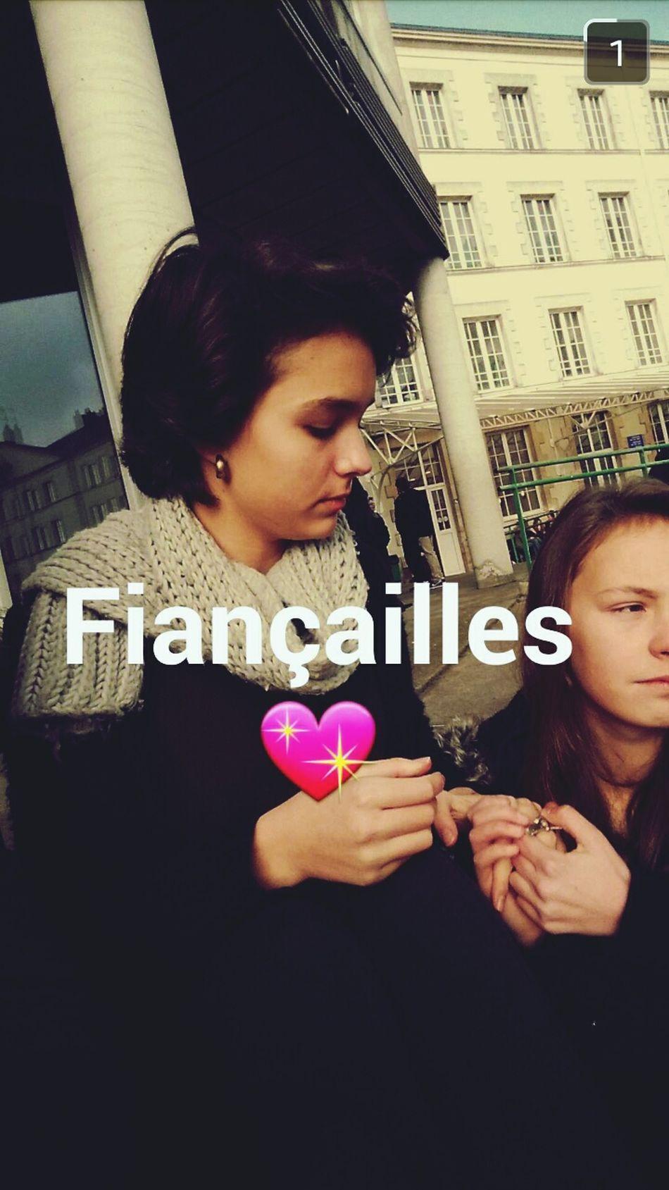 Friend Love Fiancailles ??