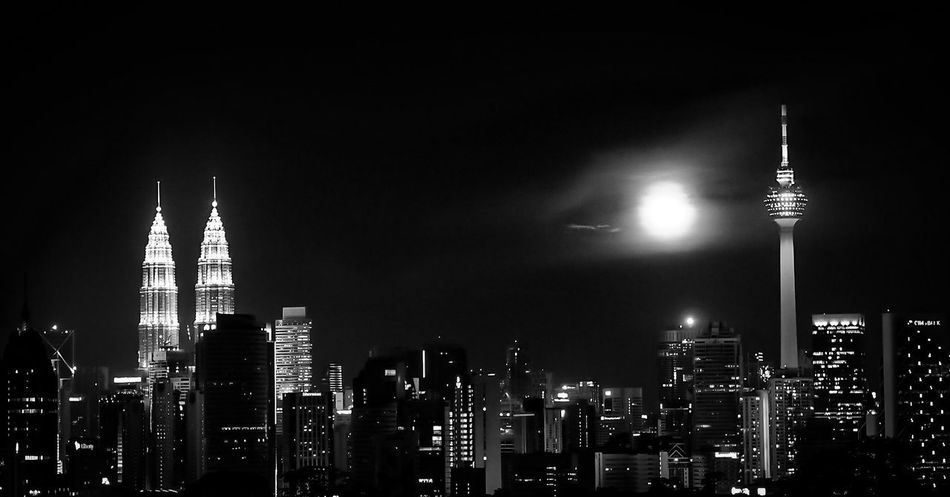 Beautiful stock photos of full moon, Architecture, Building Exterior, Built Structure, Capital Cities
