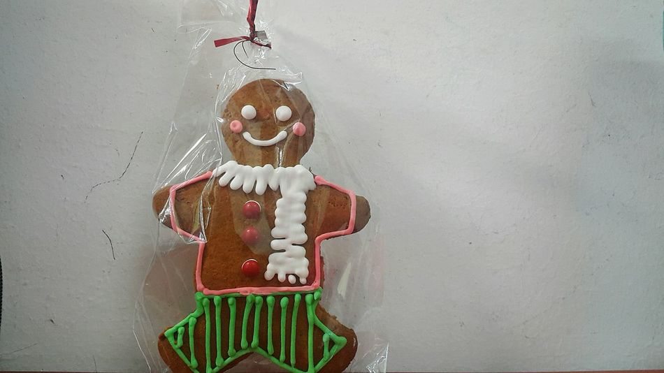 Gingerbread Cookie Gingerbreadman Latechristmaspost Latechristmaspresent Icingsugar Colours Happiness Child Animal Body Part Spooky Children Only Human Representation Horror Childhood Archival Cheerful Holiday - Event Human Body Part Indoors  People One Person Day Thanks