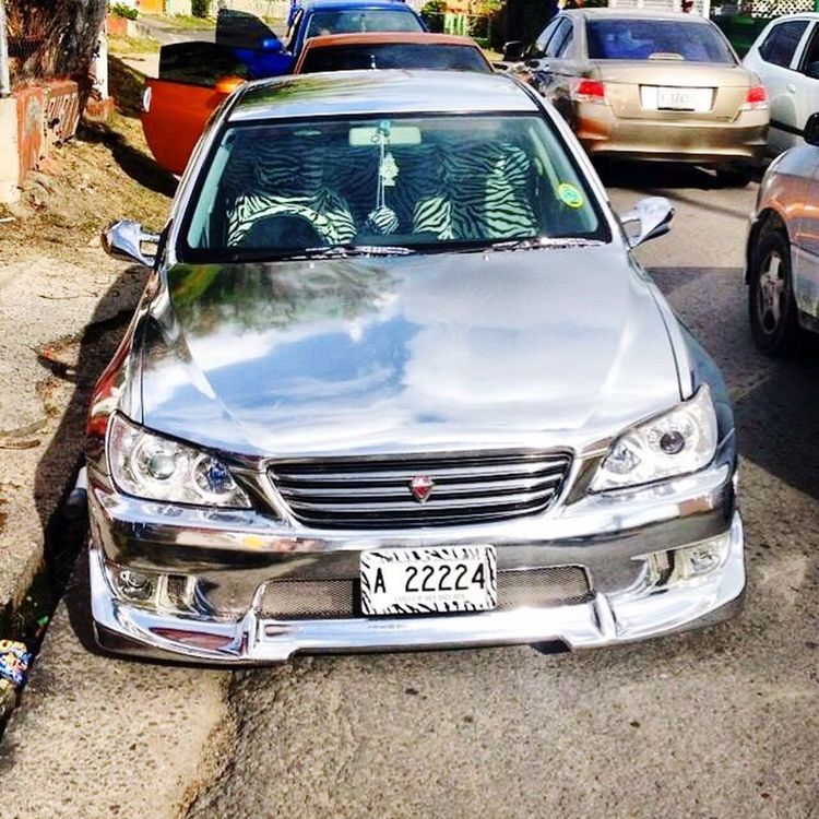 Chrome Car / car wrap Vinylwrap / Silver  / Mirror