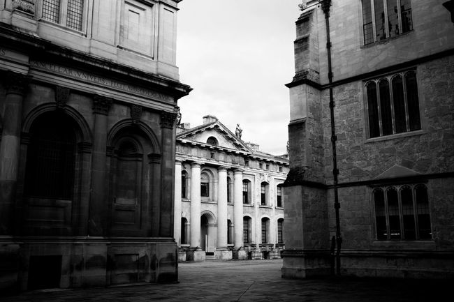 Showcase: November Oxford Uk Traveling This Is What I Saw Monochrome Blackandwhite traveling in November
