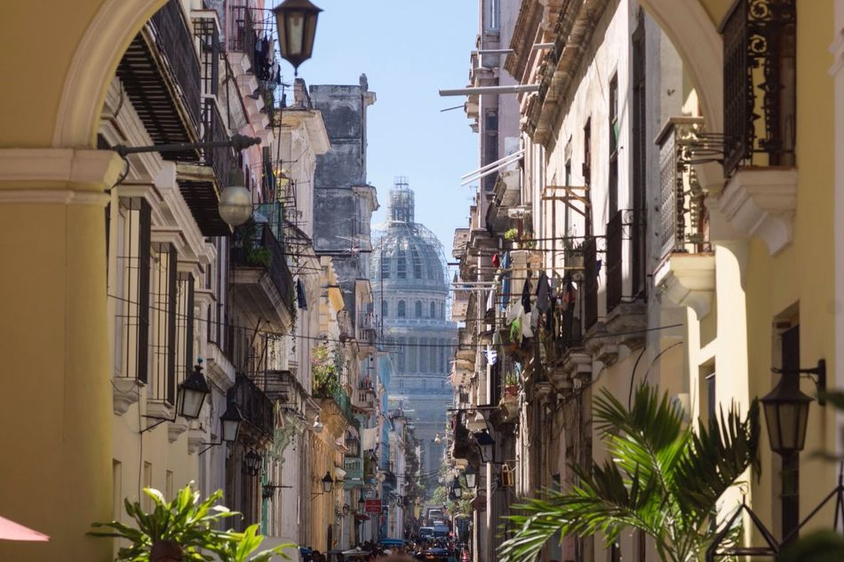 Beautiful stock photos of cuba, Architecture, Building Exterior, Built Structure, Cable