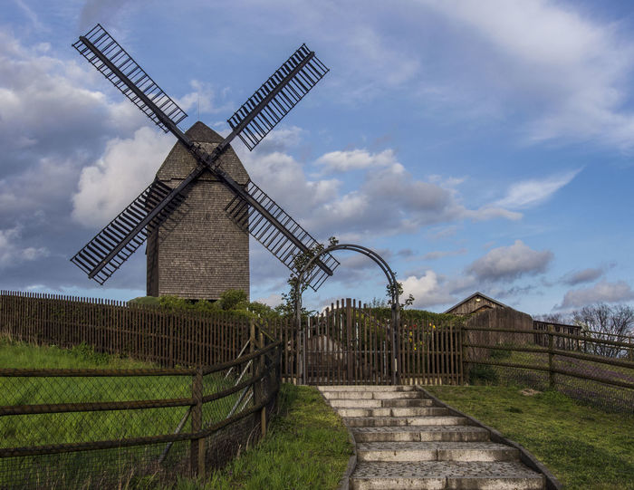 Getreidemühle Historic Historical Building Historical Monuments Like In Old Times Oldfashioned Sky Traditional Windmill Wind Wind Power Windmill Windmühle Windmühlenflügel Von Hint Wings