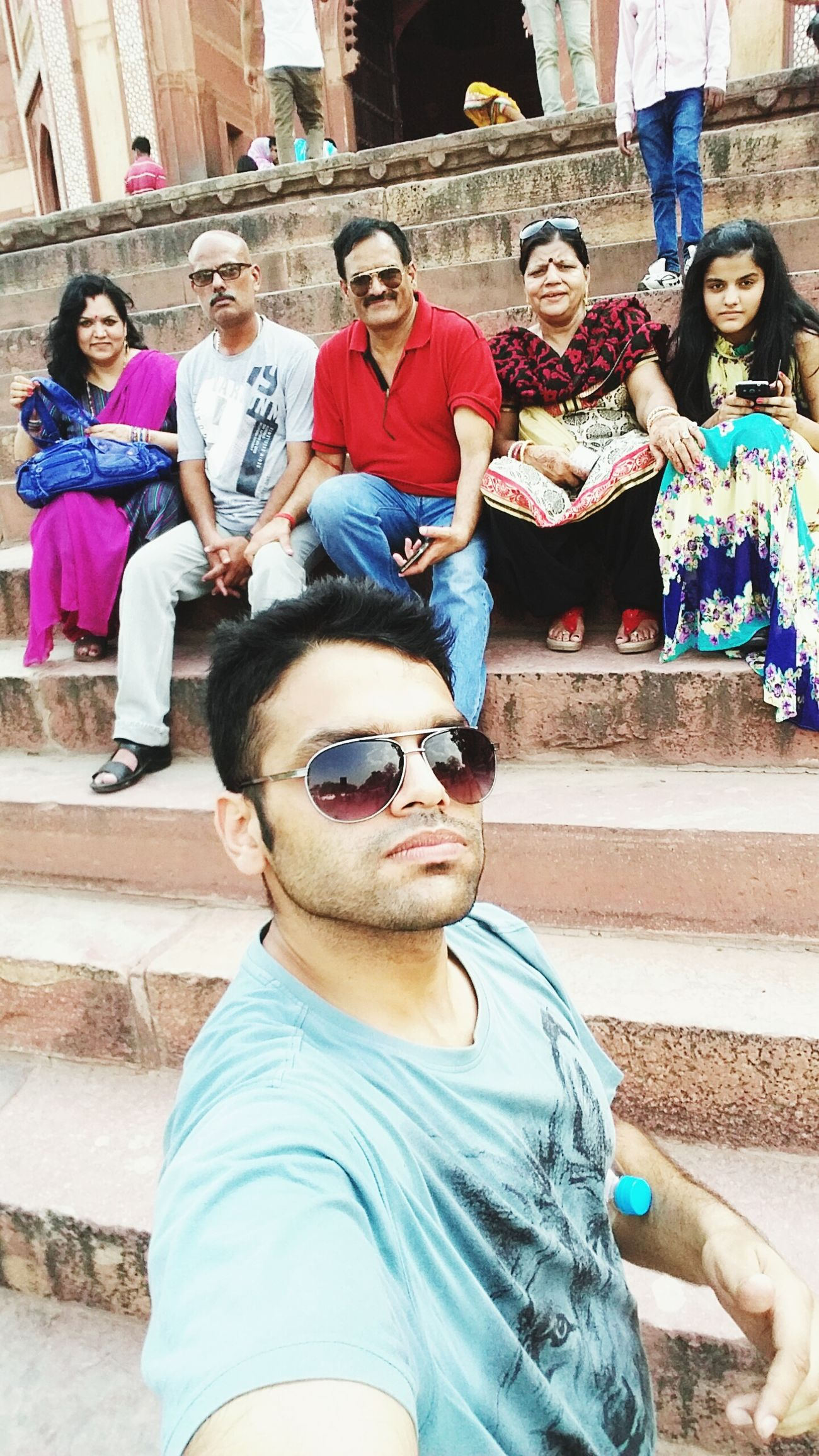 Selfie ✌ Come And Fit In My Selfie Indian Family India Today's Hot Look Hangout Big Family My Country In A Photo Cheese! Great Views