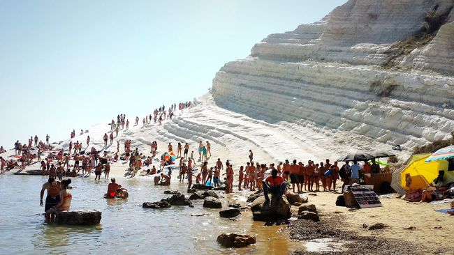 Travel Beauty In Nature Vacations Sea Life Seaview Sealife Beauty In Nature Beautiful View Beautiful Nature Beach Life White Mountains Sicily Sicilianjourney Sicily Landscape Scala Dei Turchi Tourist Lifestyles Vacations The Culture Of The Holidays The Culture Of The Holiday