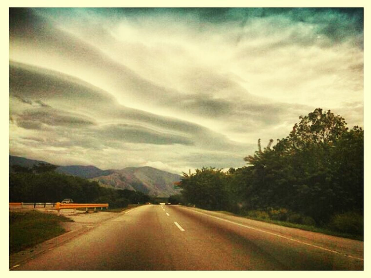 road, the way forward, transportation, scenics, tree, landscape, highway, nature, journey, no people, dividing line, tranquility, tranquil scene, sky, cloud - sky, outdoors, day, beauty in nature