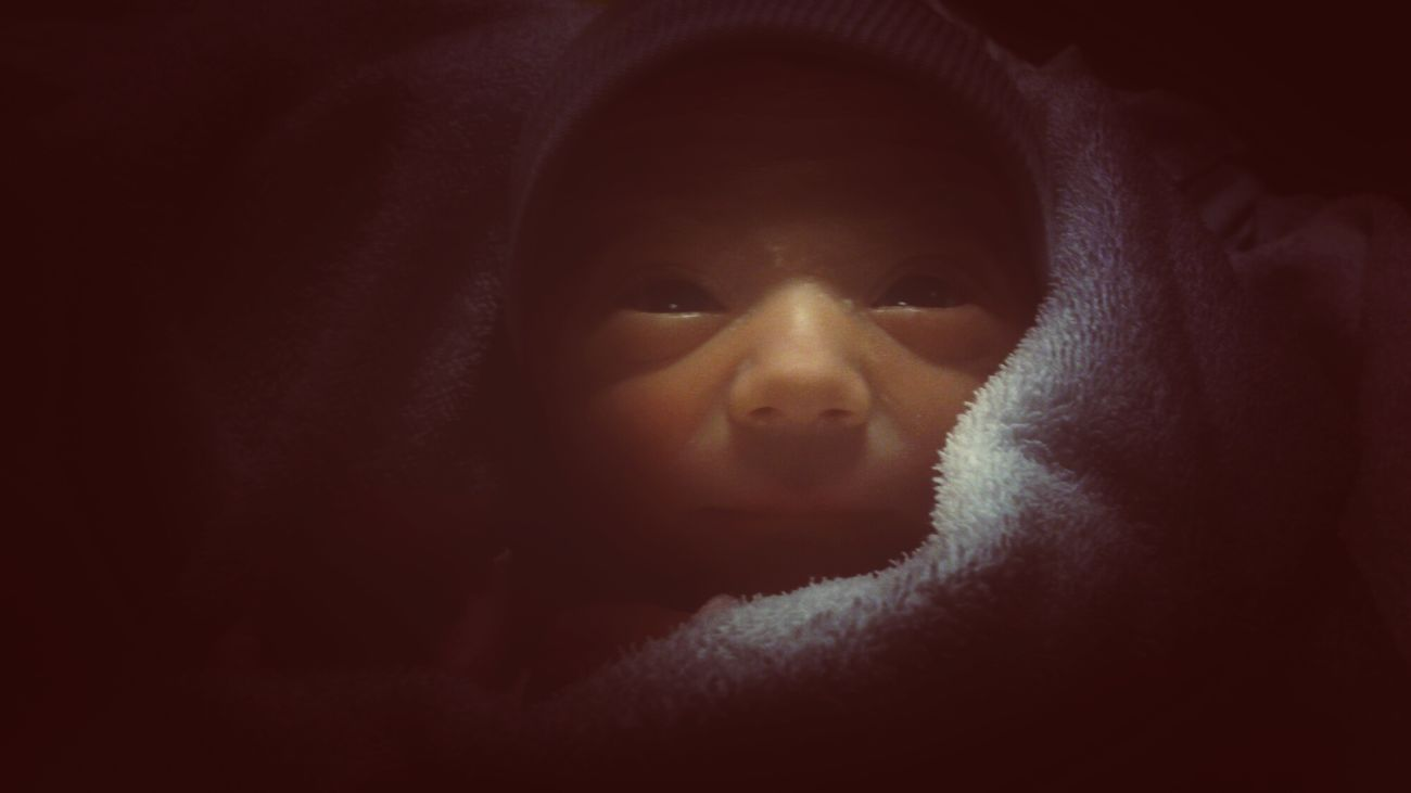 notre fils Robin nous a fraîchement rejoint! Welcome my love! <3<3<3 Shootermag AMPt_community Gang_family Ee_daily