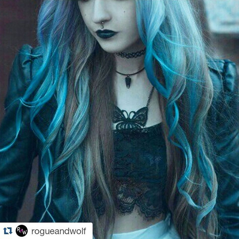 Repost @rogueandwolf ・・・ How on point is this snap! ❤ Check out the 'Tooth' Choker in matte black here on witch doll Anya @anita_anti 🌙🌟 Find yours here! 🍂//SHOP: therogueandthewolf.com Rogueandwolf