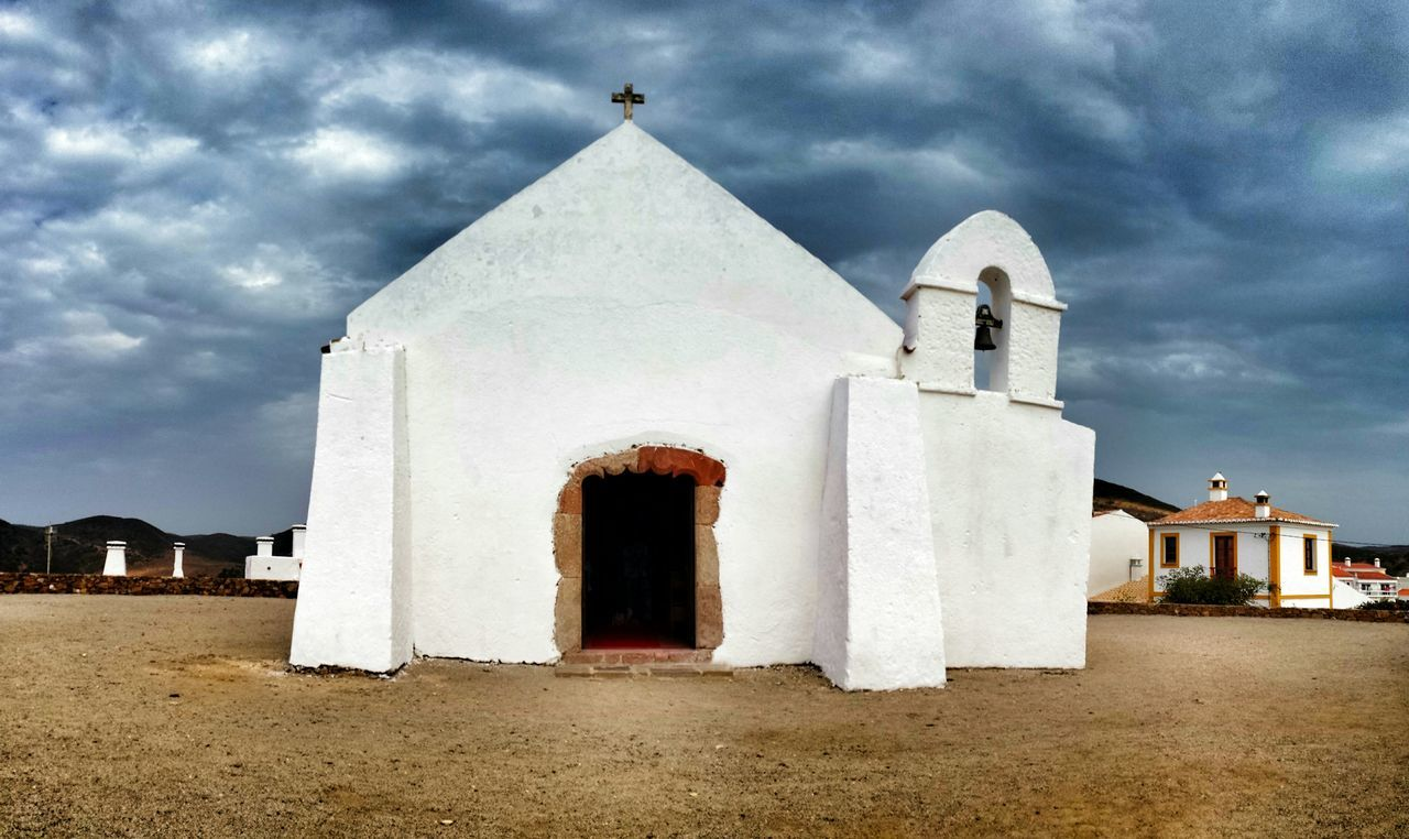 Igreja da Carrapateira, Aljezur, Portugal Igreja Carrapateira Aljezur Algarve Portugal Monumento