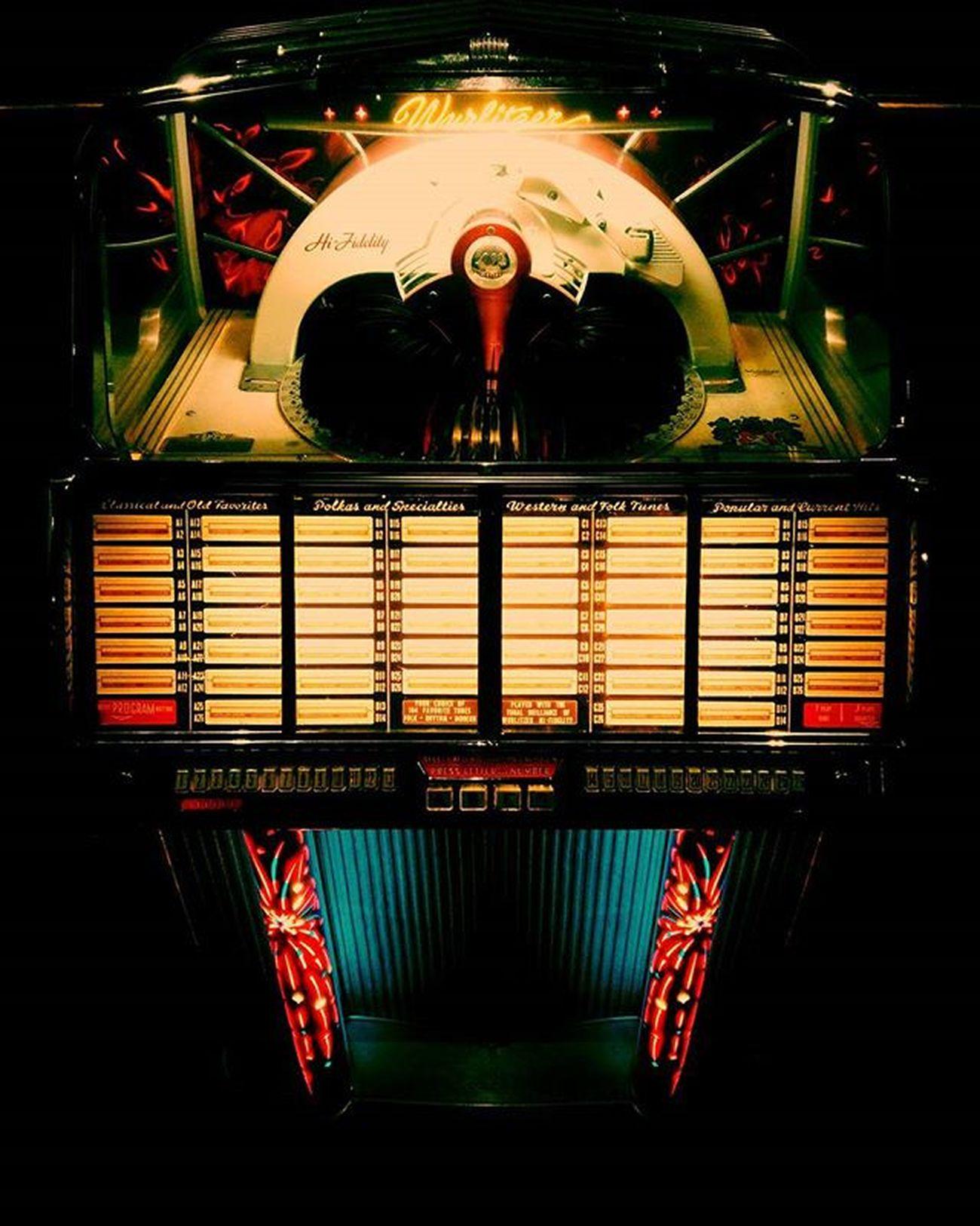 Jukebox <3 Wurlitzer Jukbox Murphysirishpub 60 Amoraprimeiravista