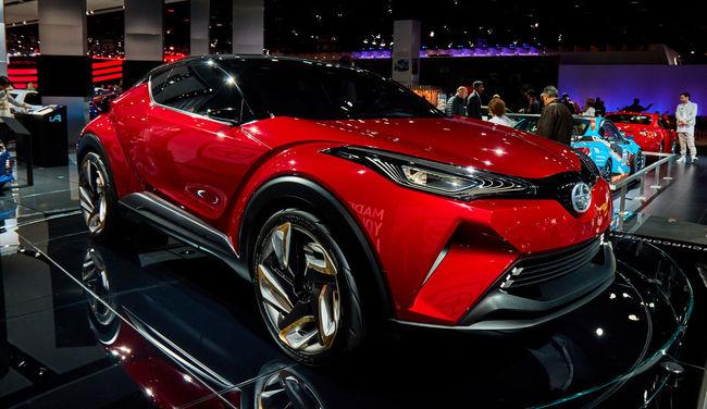 2016 Detroit Auto Show C-HR Car Concept Profile Red Scion