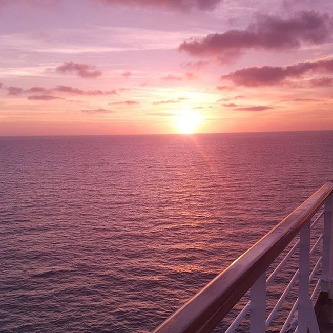 Sunset Cruiselife Pacificocean Onaboat