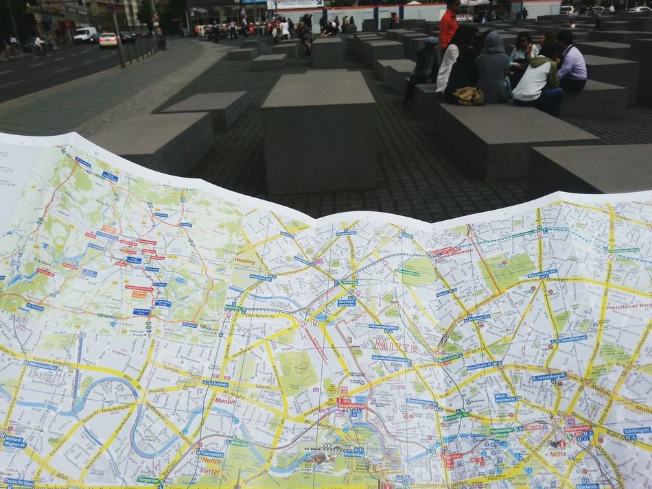Battle Of The Cities Berlin Citymap Searching GERMANY🇩🇪DEUTSCHERLAND@ Find My Way Architecture Tourism Tourist Built Structure Berlin Photography The Way Forward Myberlinweek Embrace Urban Life Capture Berlin Traveling Home For The Holidays