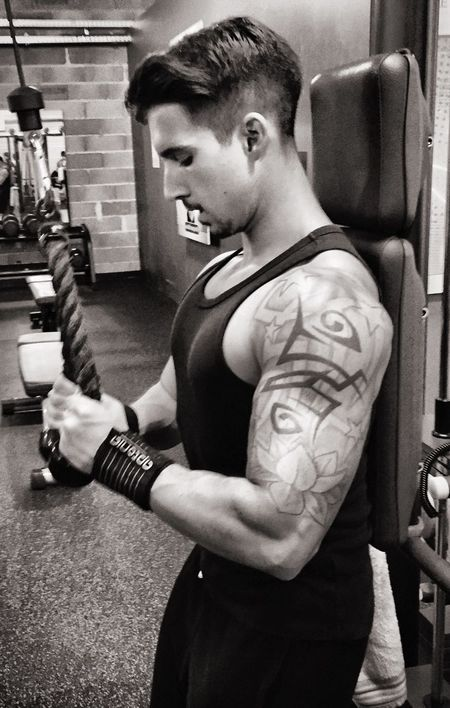 Training Arm Biceps Triceps Trapeze Motivation Fitness Dwamn Boom Determination