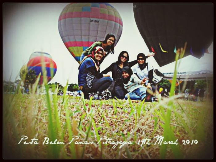 love ballons :) Throwback Friends Big Ballon Hot Air Balloons