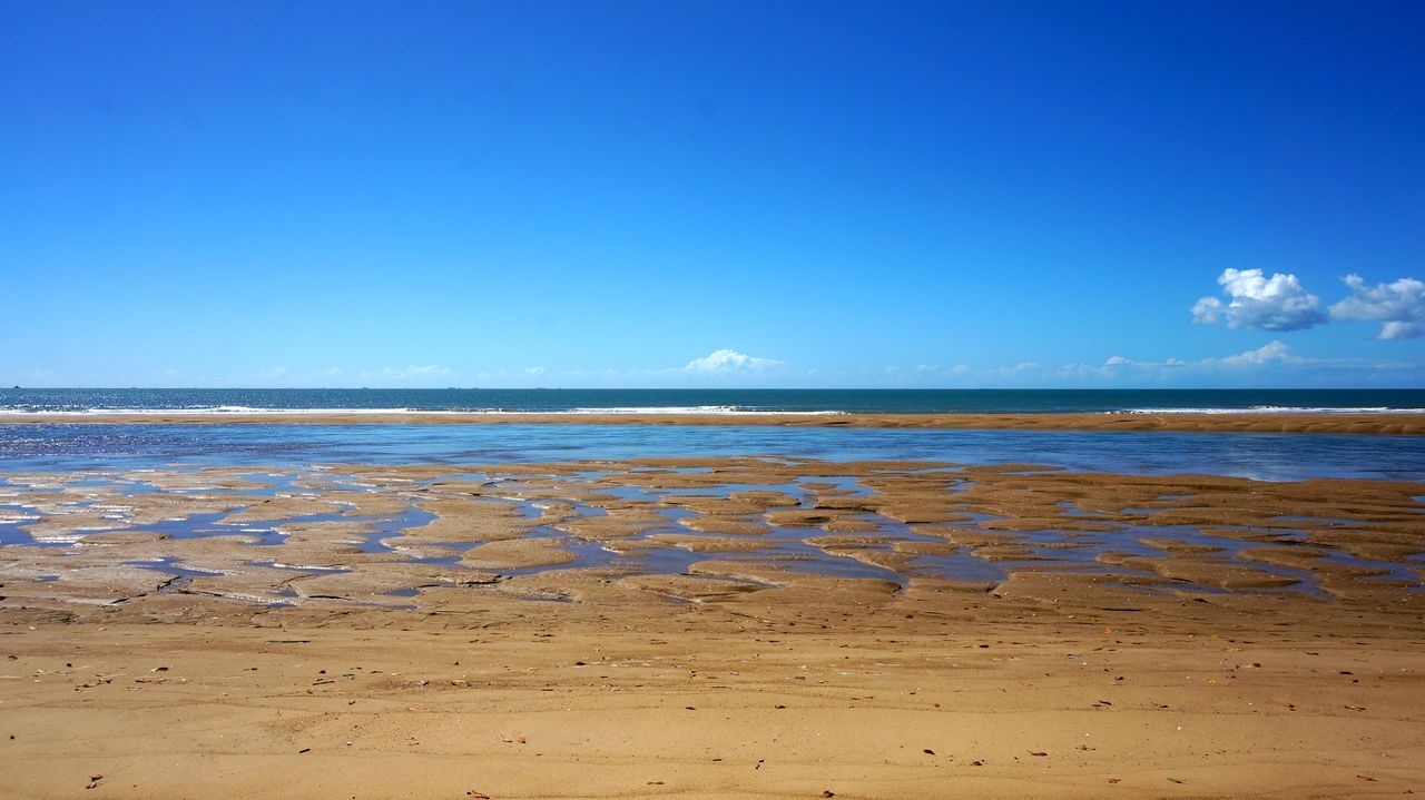 nature, scenics, tranquility, water, beauty in nature, sea, beach, tranquil scene, blue, sand, outdoors, day, no people, copy space, sky, salt flat, salt - mineral, salt basin, horizon over water