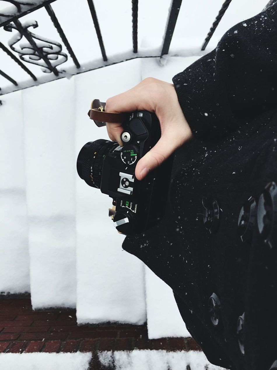 Beautiful stock photos of snow, Black Color, Camera - Photographic Equipment, Close-up, Digital Camera