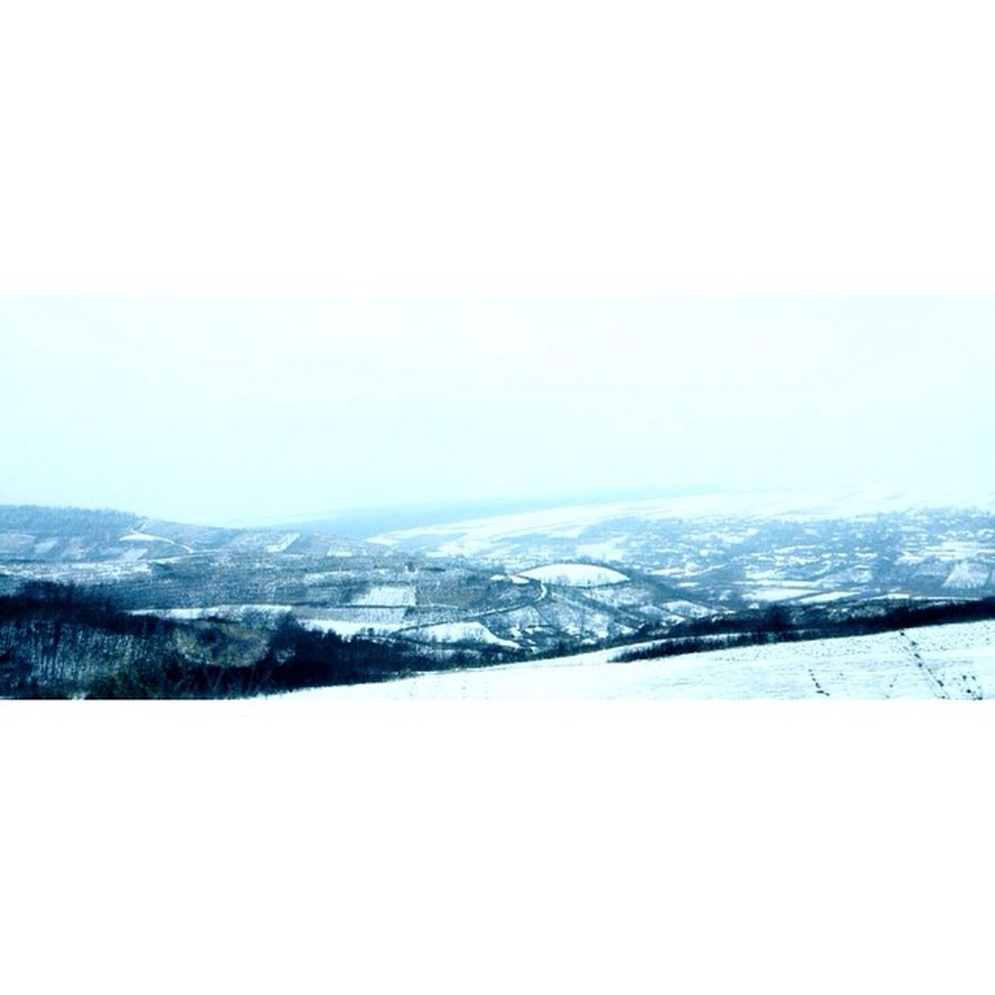 winter, snow, cold temperature, copy space, season, clear sky, weather, tranquil scene, landscape, tranquility, mountain, scenics, covering, beauty in nature, nature, frozen, mountain range, white color, snow covered, snowcapped