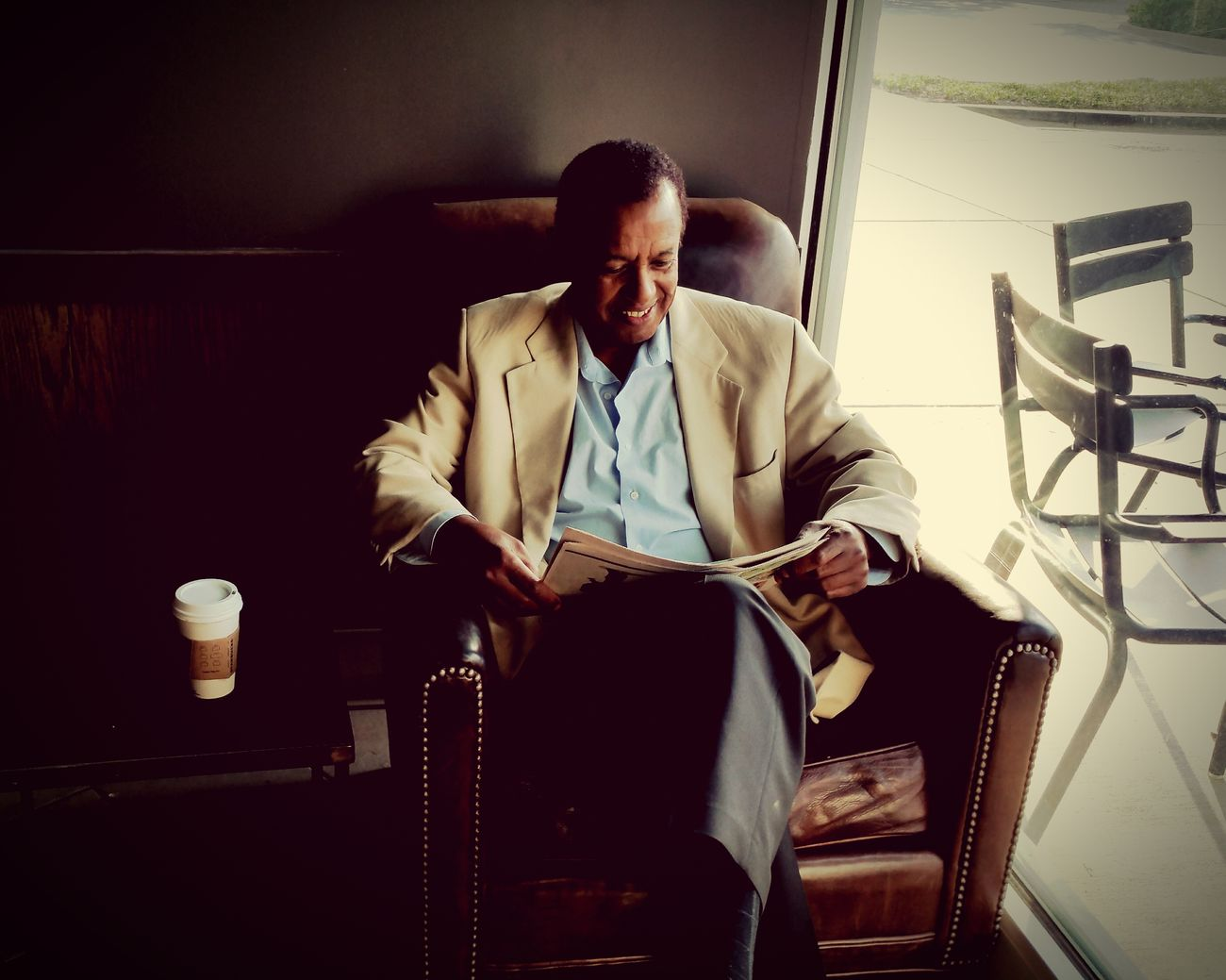 Sophisticated.Reading Coffee Lifeography Mobilephotography EyeEm Best Shots EyeEmBestPics