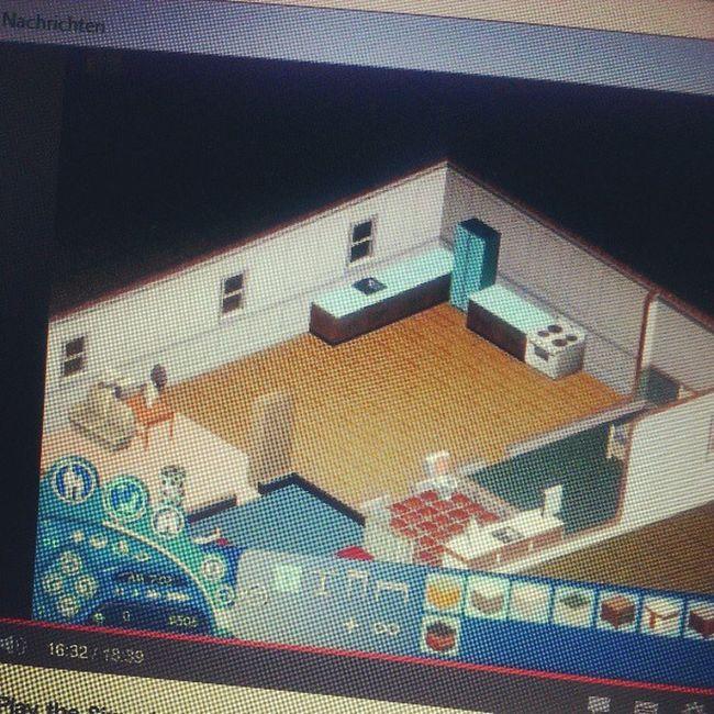 Den Drang Sims 1 wieder zu Installieren : Eine Rakete IM Haus bauen und einen Friedhof gestalten. MUHAHA Es Lebe Die Kindheit:)