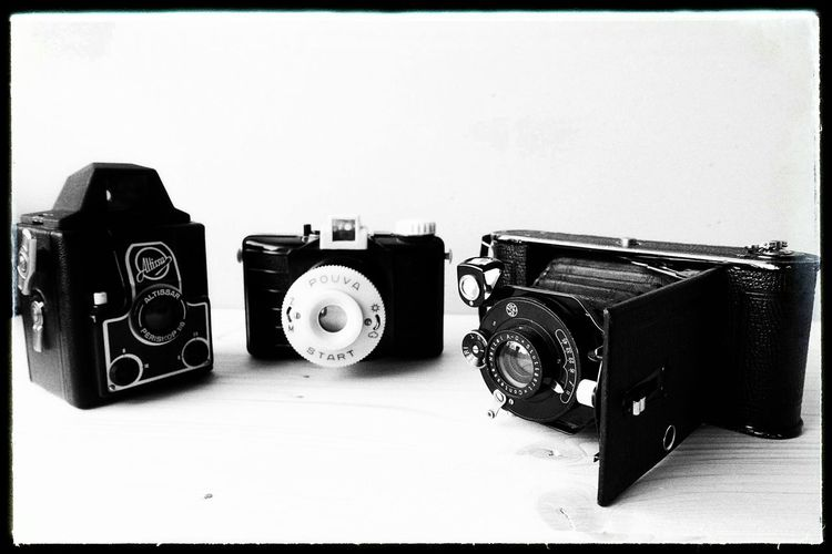 may i introduce my new girlfriends: lady altissa, miss pouva start and madame contessa nettel... (: Vintage Camera Altissa Pouva Start Contessa Nettel Analogue Photography Black And White Schwarzweiß Film Photography Medium Format Close Up Technology