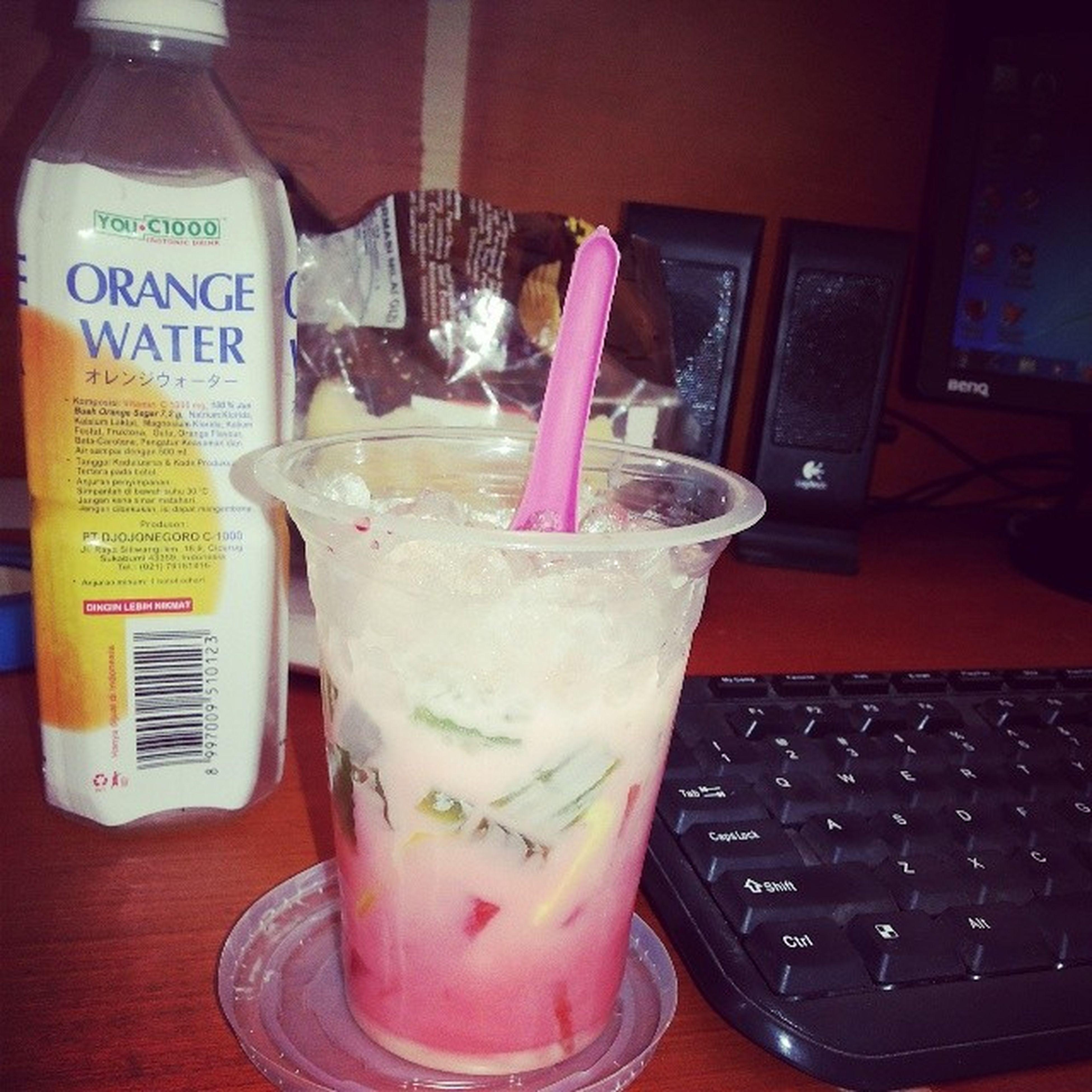 Siang yg terik :) officeEs_buah 44 Warung_jawa Sidakarya Meleleh