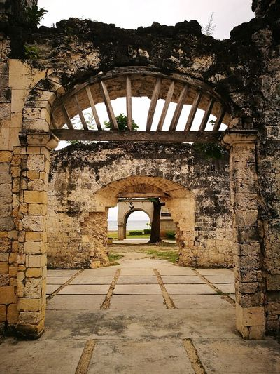 Letsgosomewhere Built_Structure Architecture Arch Outdoors Ruins Old Structure History Historical Building P9photography Cebu,Philippine Let's Go. Together.