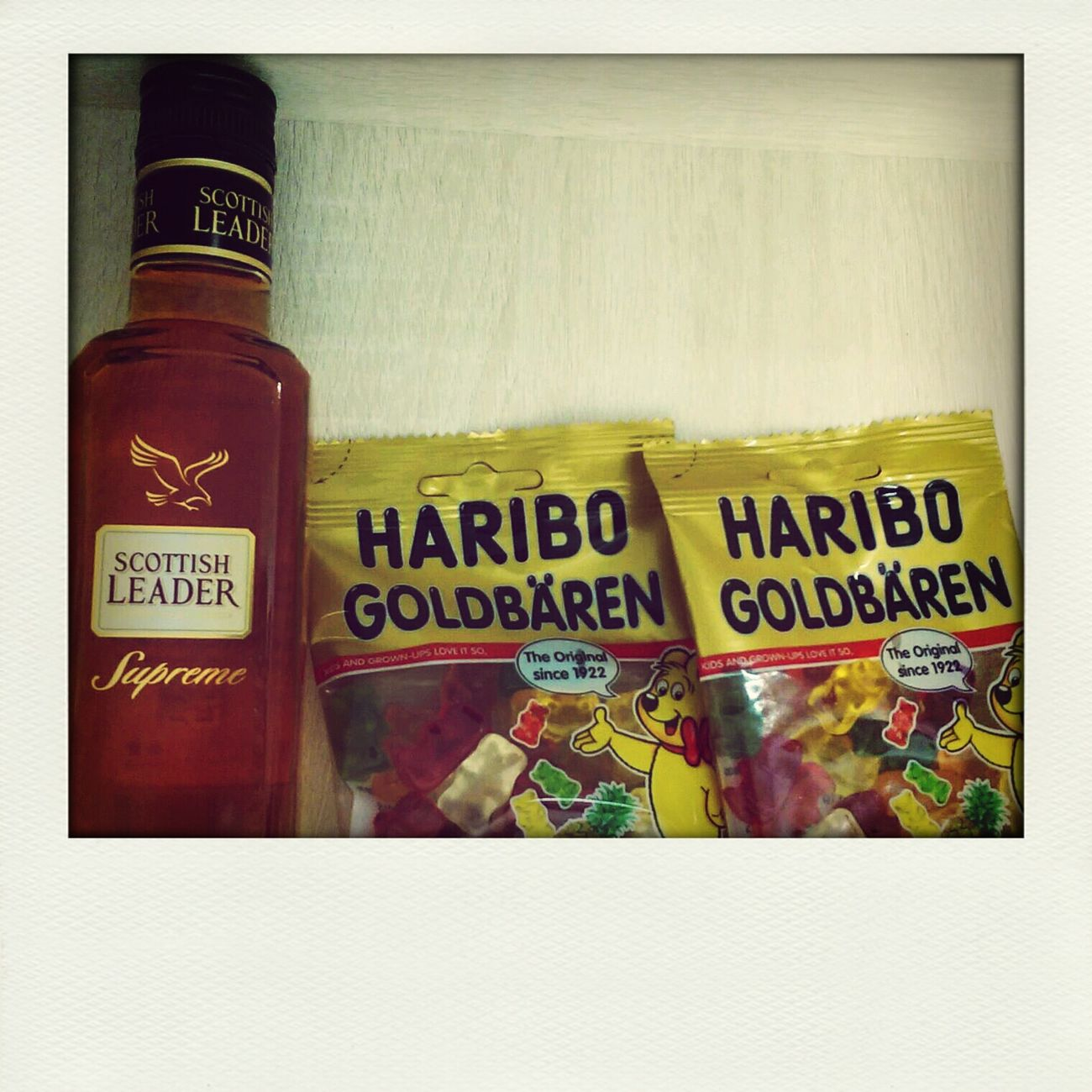 小熊熊長大溜。。懂得喝酒惹o'_'oWhisky Enjoying Life HariboGoldBears HARIBOS