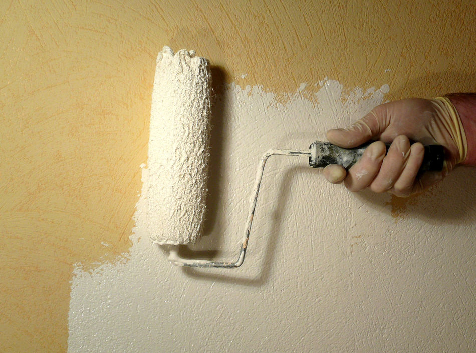 Adult Adults Only Close-up Day DIY Holding Home Improvement Human Body Part Human Hand Indoors  Industry Molding A Shape One Man Only One Person Only Men People Real People Renovations Skill  Wallpainting Wallpaintingproject Wallpaintings Wallpaintingsomewhere Working