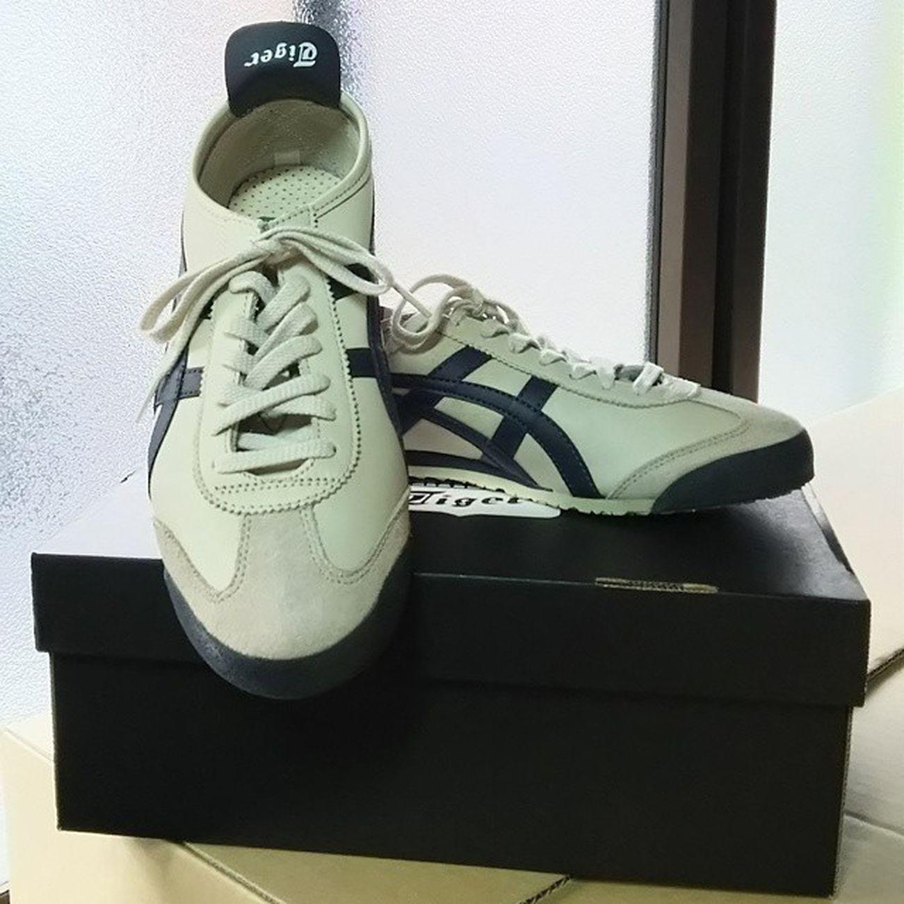 体育館シューズ…じゃなかった、 オニツカタイガーを手に入れました。 OnitsukaTiger オニツカタイガー メキシコ66 Mexico66 Shoes ジュース スニーカー Sneakers Fashion ファッション