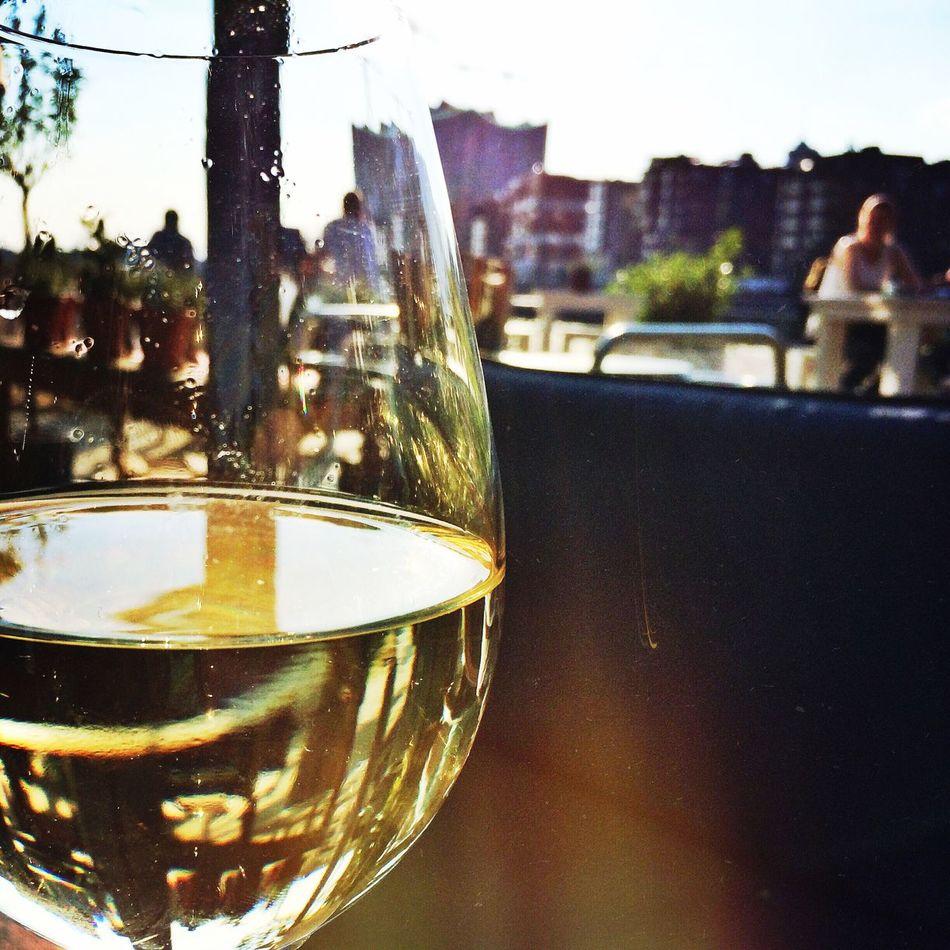Sundown with Pino Chilling Hamburg Sunlight Wine