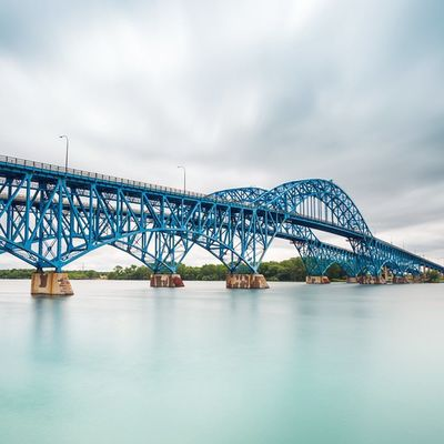 Twins remaining still for 1 minute Longexposure Sgib Architecture Bridge Grandisland Buffalo Buffalony