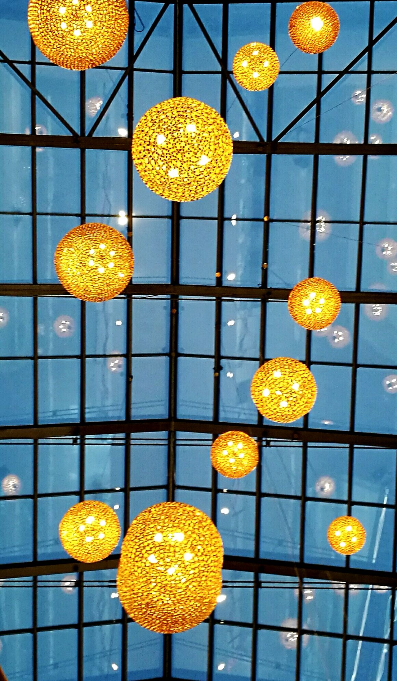 Pattern Illuminated No People Mall Large Group Of Objects Low Angle View Indoors  Light Light Bulbs Window Decoracion Golden Abstract The City Light