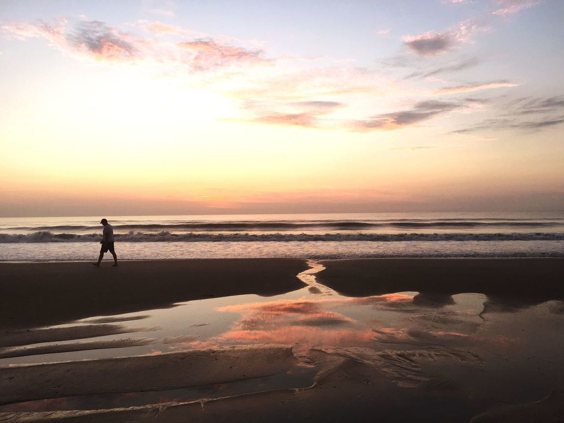 Big horizon Water Reflections Tide Pools Sand & Sea Morning Rituals Glorious Morning Ocean Moods Taking A Walk Waiting For The Sun LovingLife Be All Light