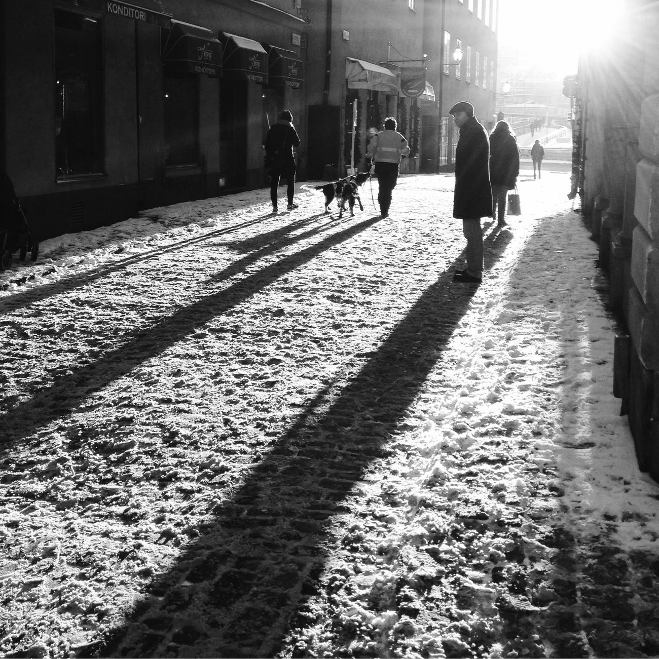 Stockholm Shootermag Eye4photography  Eye4black&white  NEM Black&white NEM Street Streetphoto_bw Light And Shadow AMPt_community Bw_collection Street Photography