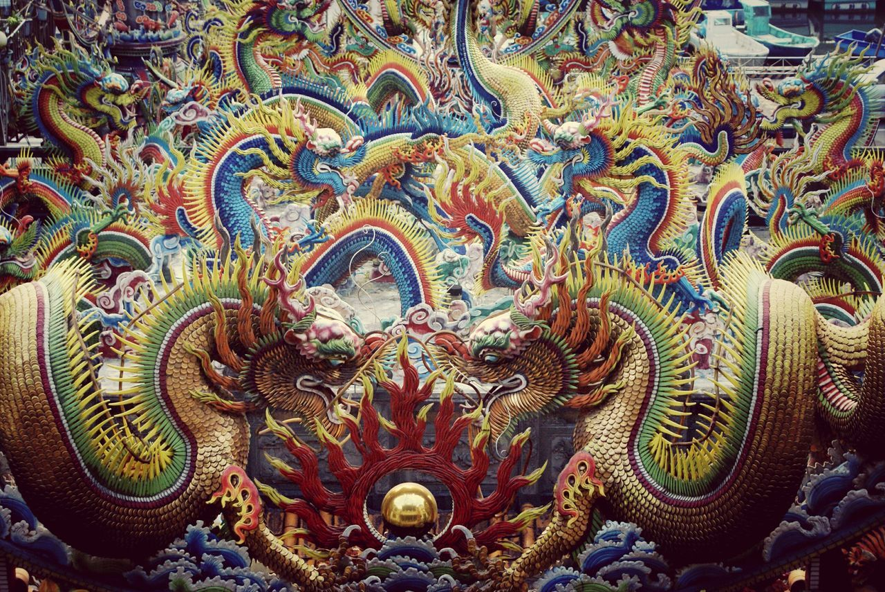 Multiple Layers Drogen Chinese Temple Chinese Culture Vanishing Point Traveling Taiwan ArtWork Taking Photos Architecture