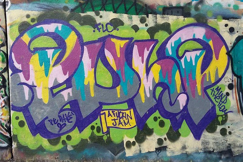 Art In Progress Artistic Street Art/Graffiti Artist Streetart Graffitiporn Graffiti Wall Graffiti Iloveit Graffiti Art Graffiti Roma Graffiti & Streetart Original Photo presso ponte delle valli 🎨🌈🔴🔵⚪⚫ parte 2 Graffiti Graffiti Pulp Arteurbana Artedistrada Samsung A3 Urban Art Streetart/graffiti GraffitiTour Graffitilover Beautiful Graffiti Urbanexploration