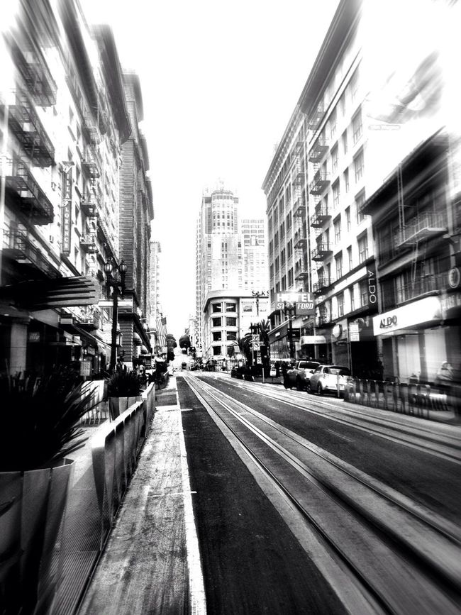 Blackandwhite San Francisco Life In Motion AMPt - Vanishing Point