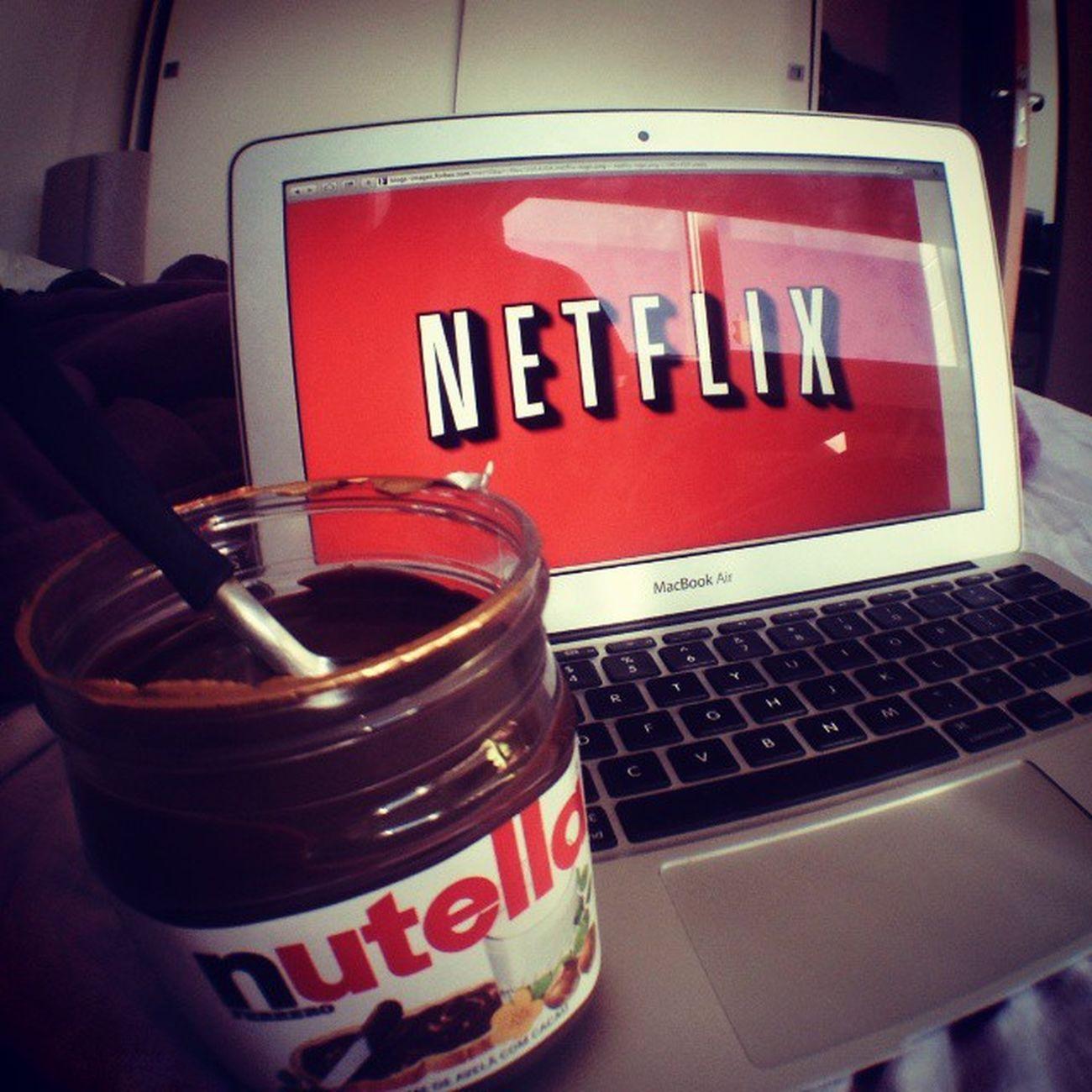 Geral no carnatletica e eu ... Suave em casa ;) Soalegria Filmin Netflix Nutela debuenas