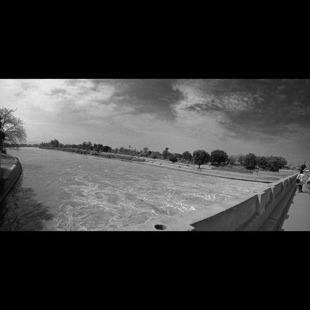 Another view Panaromic ! Panaroma Instapic Instalike Instalove Instashot Instaphoto Instadaily Instagrammers IPhone4s Iphoneonly IPhoneography Iphoneographers Amazing Awesome Tagsforlikes Followme Likeforlike Punjab Village River Sutlej Canal Bridge Indiapic Dailypic dailylike dawn dslr canon indiapictures