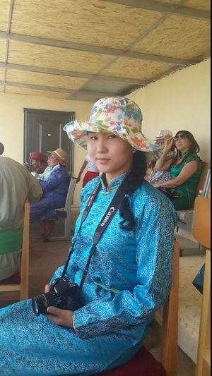 Аавынхаа нутгийн наадамд зочлоод ирлээ, сайхан байлаа Naadam 2014 Naadam Төв аймгийн Эрдэнэ сумын 90 жилийн ойн баяр цэнгэл наадам Mongolian Girl