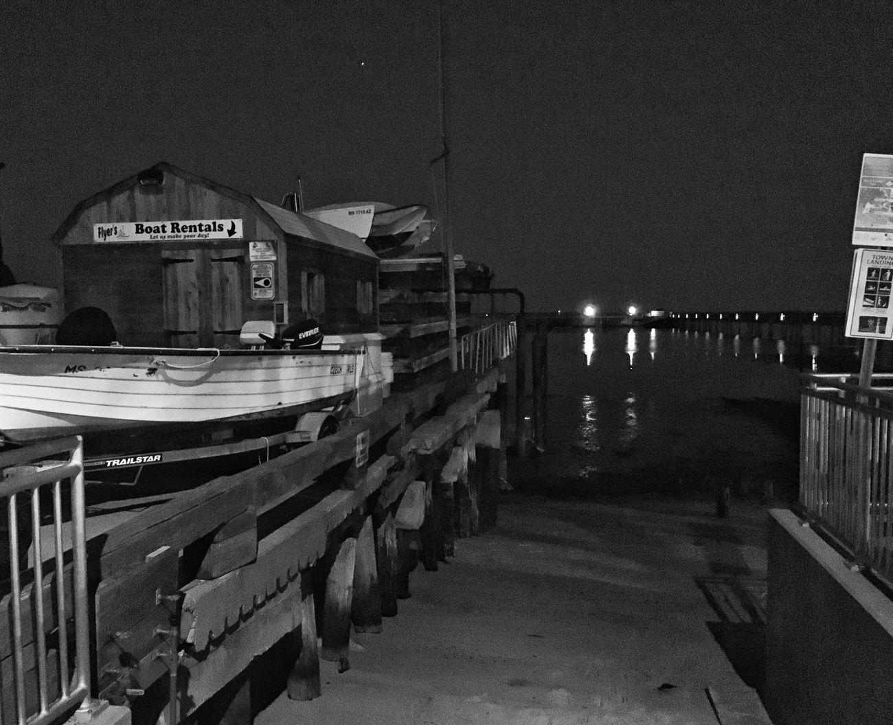 Nautical Vessel Transportation From My Point Of View Streetphoto_bw EyeEm Best Shots - Black + White Beauty In Nature Blackandwhite Streetphotography Architecture Night Sea Waterfront Welcome To Black