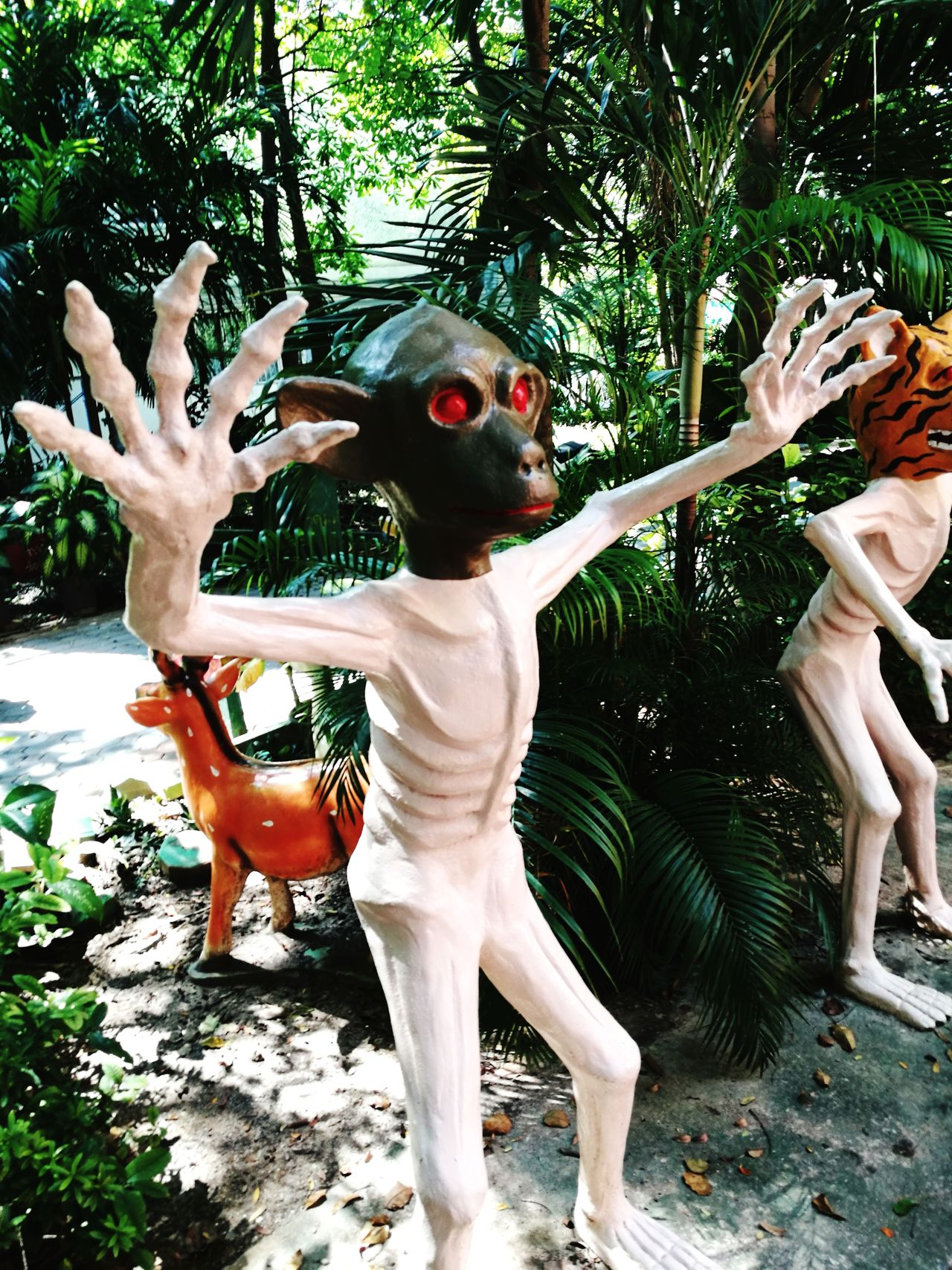 Hell Buddhism Monkey Human Hand Statue Outdoors Scary Demons Demonic Evil Monkey Tree Day Human Body Part Childhood One Person People Adult Thailand🇹🇭 Thailand