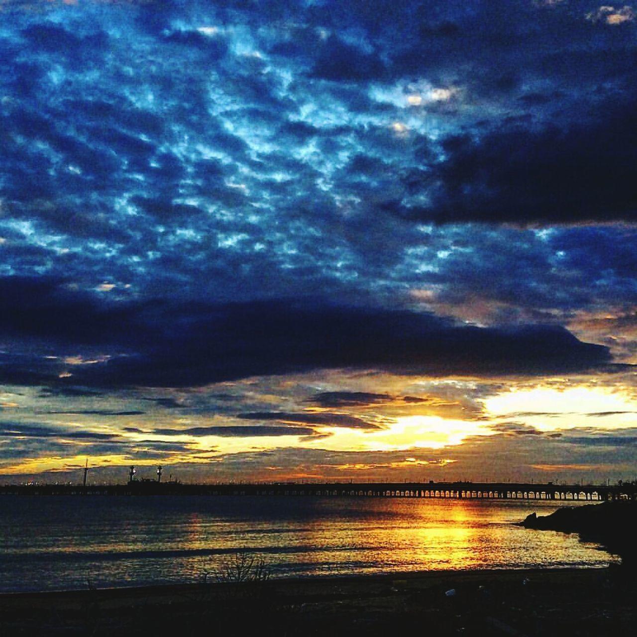 Pontile.... Bellezza Cielo Blu Siracusa Sicily Siracusa Floridia  Italia Sicily Maggio Nuvole Priolo Gargallo Pontile
