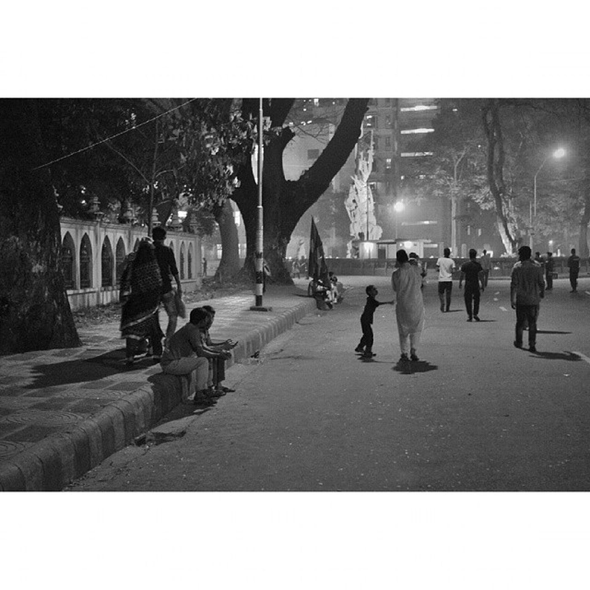 A photo from last night. People started to gather as midnight approached. Dailydiary Instadaily Dhaka Internationalmotherlanguageday 21stFebruary Du