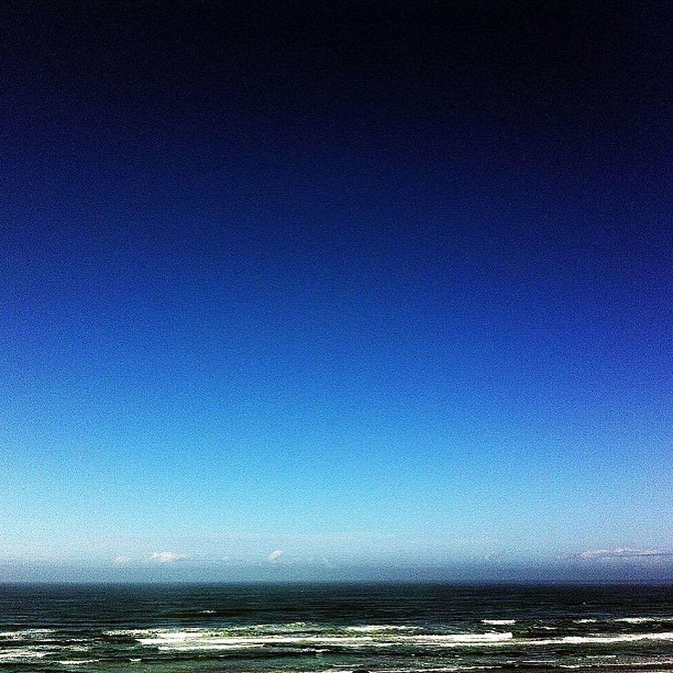 Goodmorning Oregoncoast Pacificocean Pacific ocean. It's good to wake up to your waves. picoftheday pickftheweek photooftheday icatching blueskies blueseas oceanspray sunshine serene amazing nature naturegram cloudless
