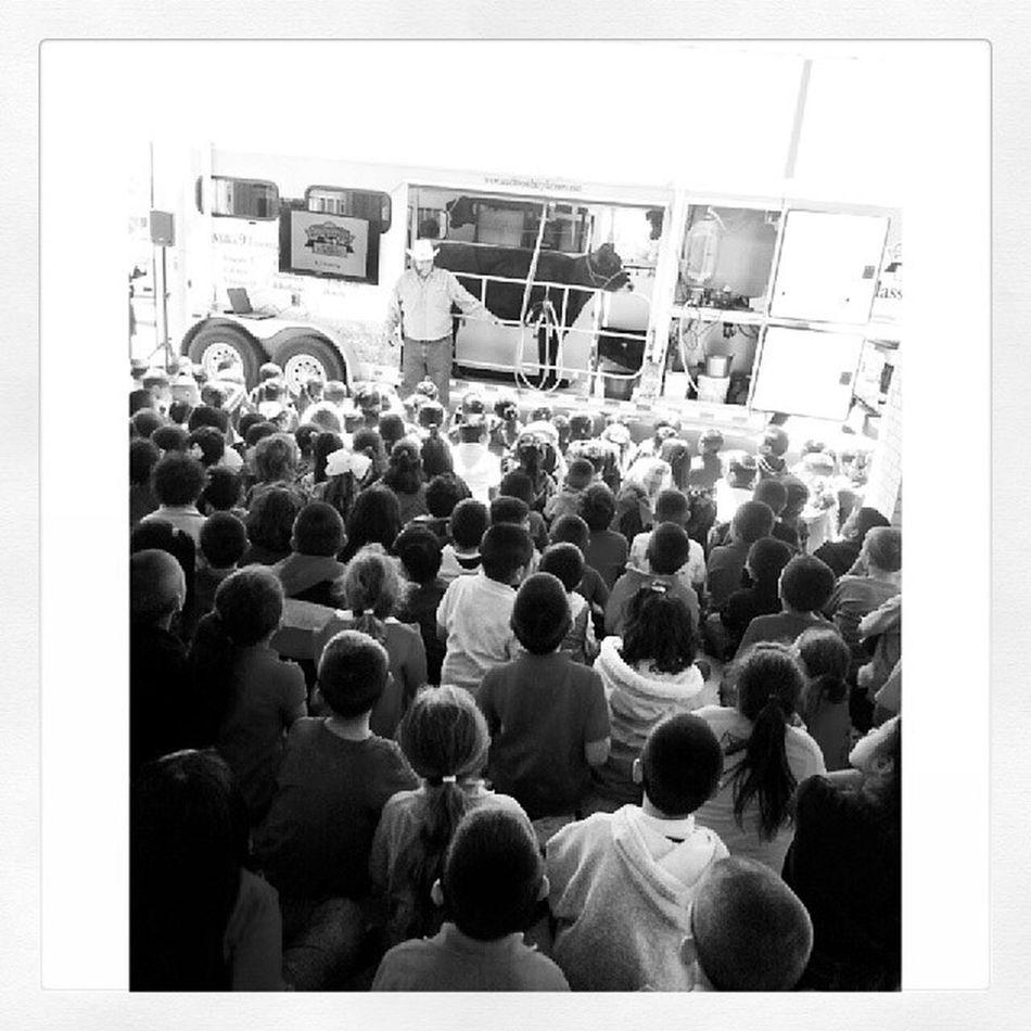 Students Learing  Southwestdairyfarmers MuseumINC moibleclassroom sulphursprings texas publicschool