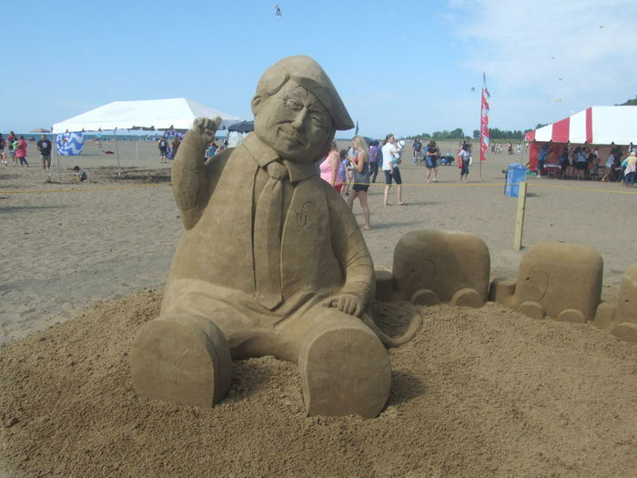 Mentor Beach Fest July 2016 Beach Donald Trump Carved In Sand Political Presidential Campaign 2016 Presidential Election 2016 Presidential Inauguration Rebulican Summer
