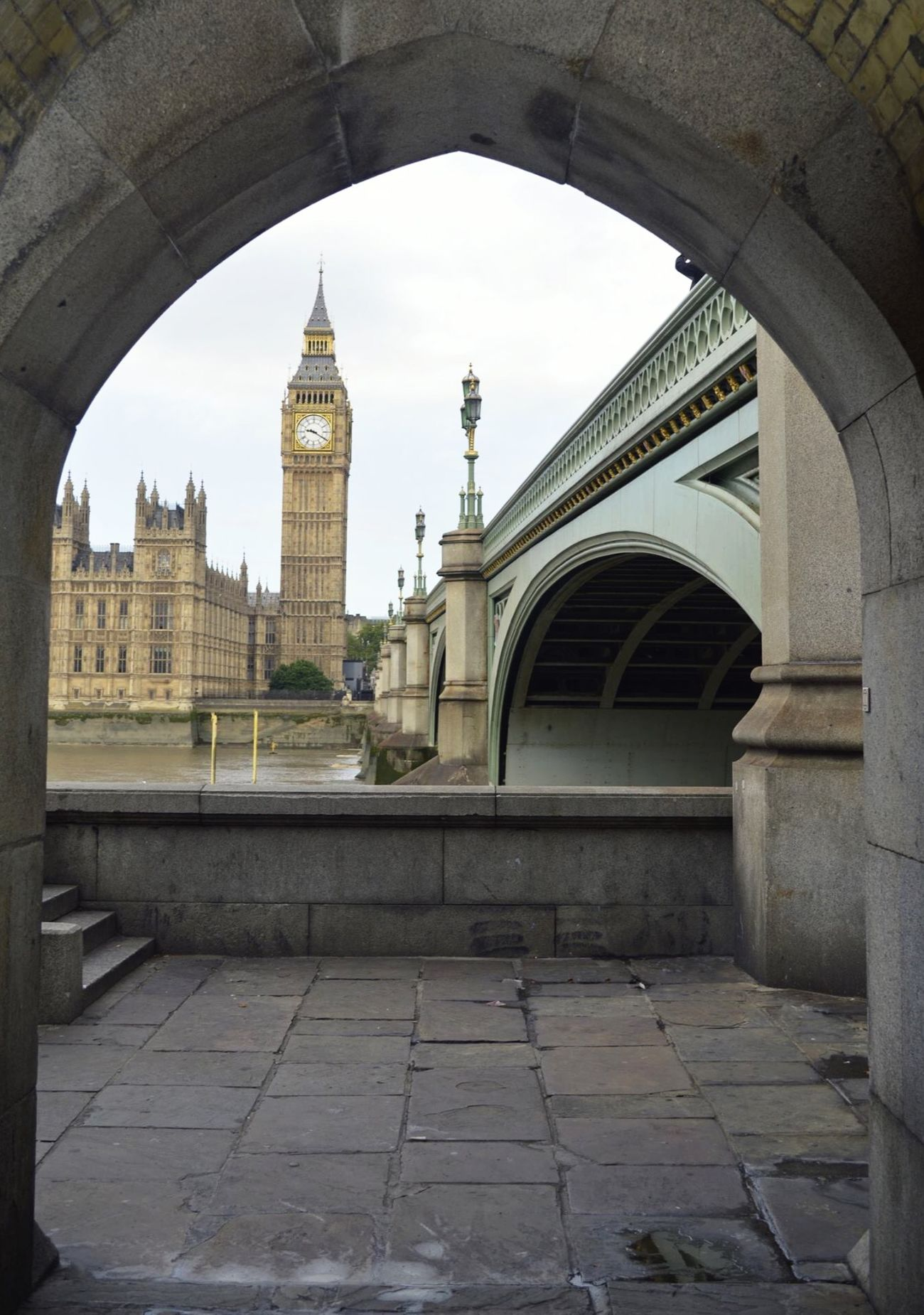 Houses of Parliament, London London Houses Of Parliament At Westminster Bridge